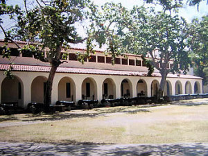Cannons and buildings inside Fort Jesus, Mombasa. Author and Copyright Dietrich Köster..