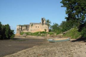 Portuguese Fort, Kilwa, Tanzania. Author and Copyright Alan Sutton