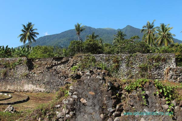 Fort Kastella, Ternate, Indonesia. Author and Copyright Simon Pratt
