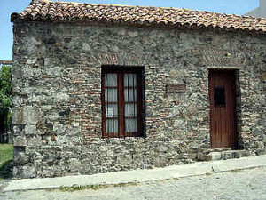 Typical Portuguese rancho (colonial houses), Colonia del Sacramento, Uruguay. Author and Copyright Pedro Gonçalves
