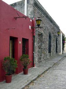 Typical Portuguese rancho (colonial houses), Colonia del Sacramento, Uruguay. Author and Copyright Pedro Gonçalves.