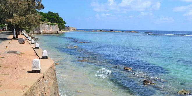 Fort Fredrick, Trincomalee, Sri Lanka. Autor Bel Adone. No Copyright.