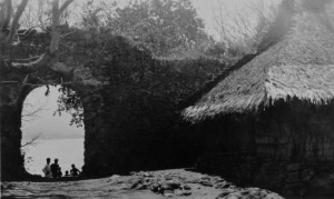Fort of Solor (1930), Indonesia. Author Tropenmuseum of the Royal Tropical Institute (KIT). Licensed under the Creative Commons Attribution-Share Alike