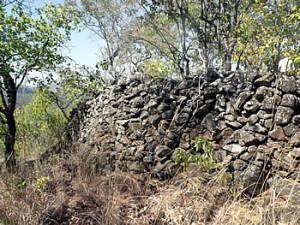 Ruanga Ruins. Ruanga, Zimbabwe. Photo © by Chris Dunbar