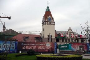 6. Empfangsgebäude des Bahnhofs (Rekonstruktion) (copyright2007Dietrich Köster)